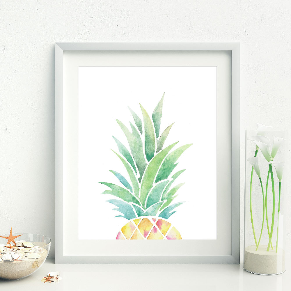 Half Pineapple Print